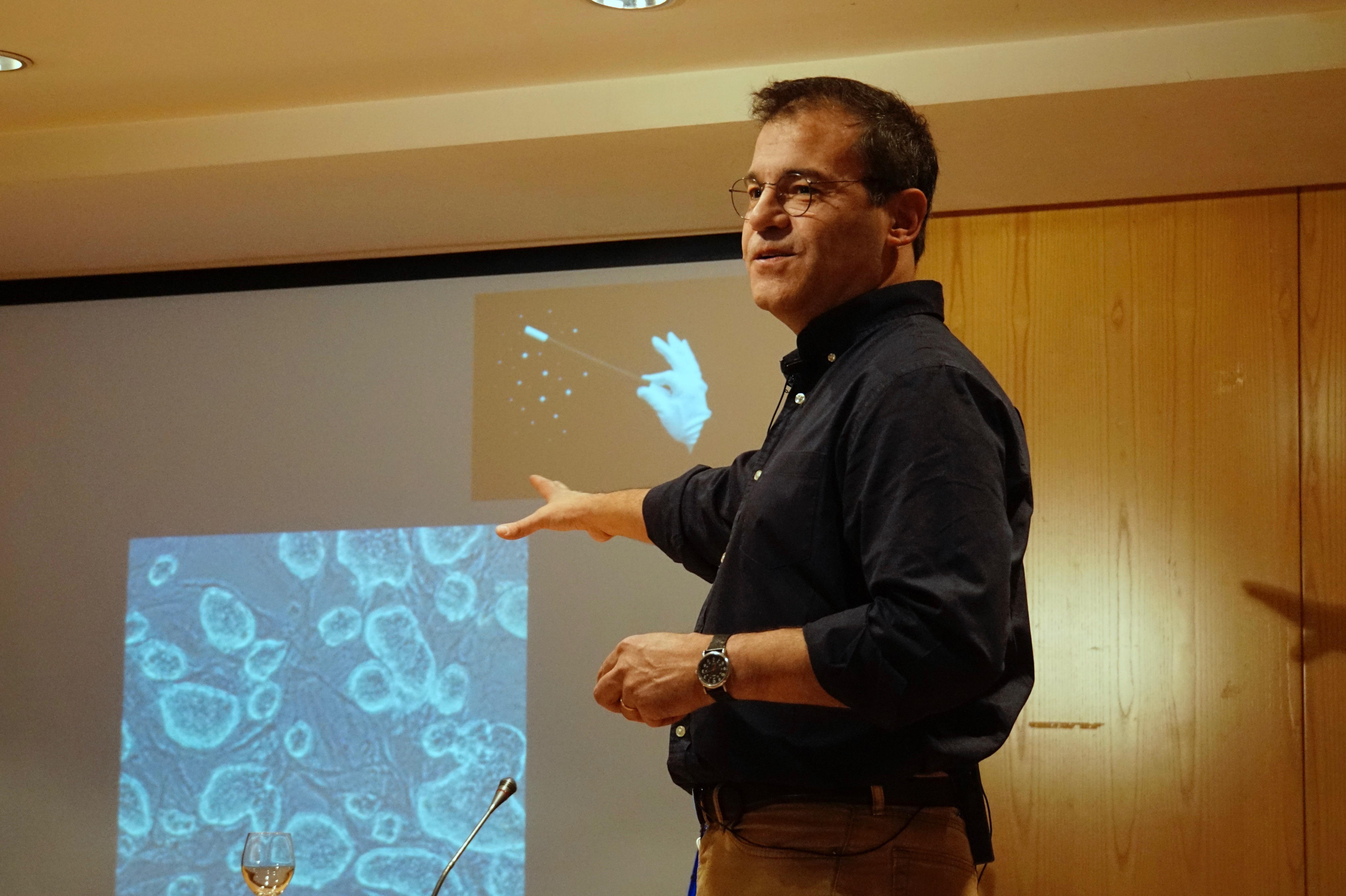 Reprogramación celular. Conferencia del Dr. José Cibelli
